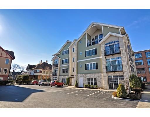 共管式独立产权公寓 为 销售 在 163 Rumford Ave #204 163 Rumford Ave #204 Mansfield, 马萨诸塞州 02048 美国