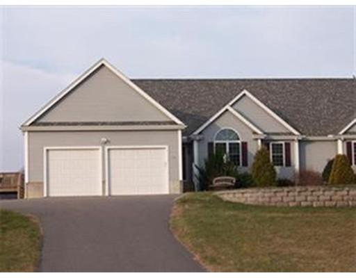تاون هاوس للـ Rent في 231 Elm Street #231 231 Elm Street #231 Blackstone, Massachusetts 01504 United States