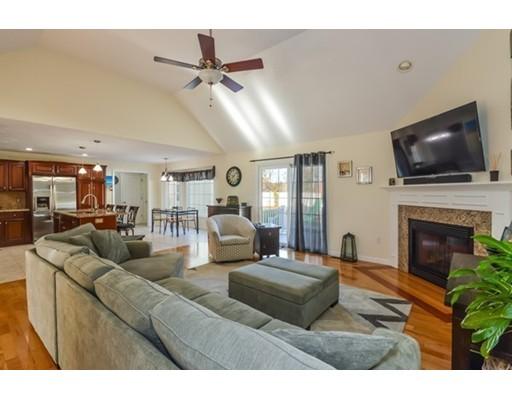Casa Unifamiliar por un Venta en 51 Mirasol Drive 51 Mirasol Drive Bourne, Massachusetts 02532 Estados Unidos
