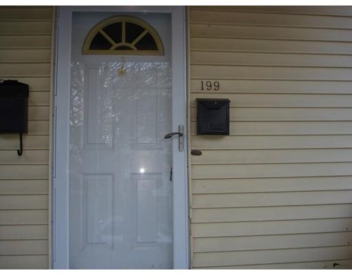 Квартира для того Аренда на 199 ROBBINS STREET #2 199 ROBBINS STREET #2 Waltham, Массачусетс 02453 Соединенные Штаты