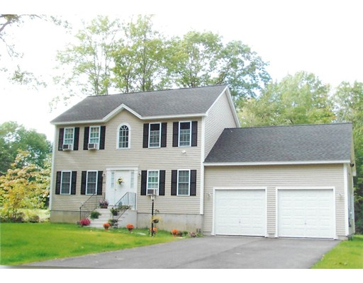 Single Family Home for Sale at 1 Saunders Street Gardner, Massachusetts 01440 United States