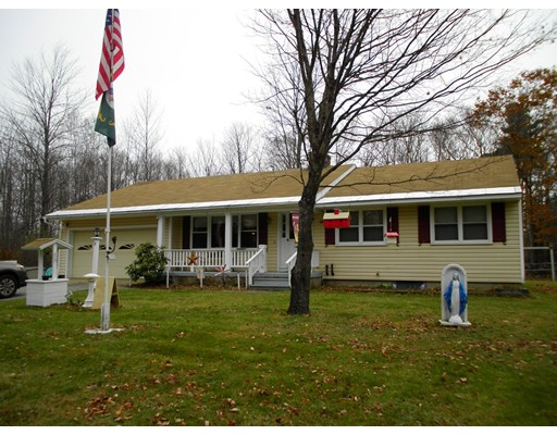 Single Family Home for Sale at 8 Peace Drive 8 Peace Drive Jaffrey, New Hampshire 03452 United States