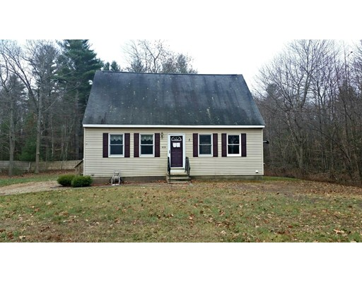 Single Family Home for Sale at 673 Old Petersham Road 673 Old Petersham Road Barre, Massachusetts 01005 United States