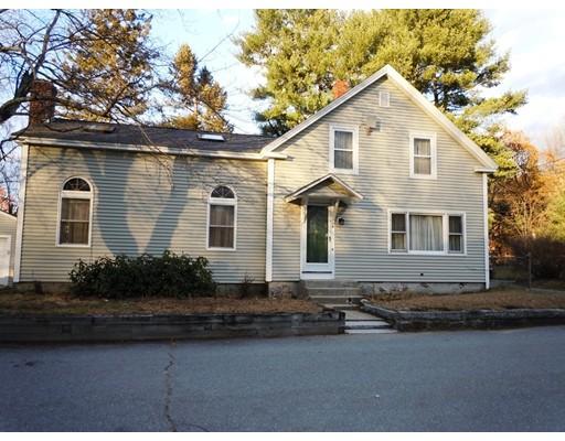 Maison unifamiliale pour l Vente à 4 Cottage Street 4 Cottage Street Shirley, Massachusetts 01464 États-Unis