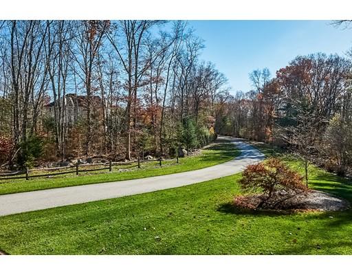 Casa Unifamiliar por un Venta en 28 Gerry Drive 28 Gerry Drive Seekonk, Massachusetts 02771 Estados Unidos
