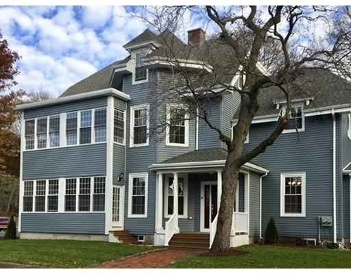 Casa Unifamiliar por un Alquiler en 502 Worcester Street 502 Worcester Street Wellesley, Massachusetts 02481 Estados Unidos