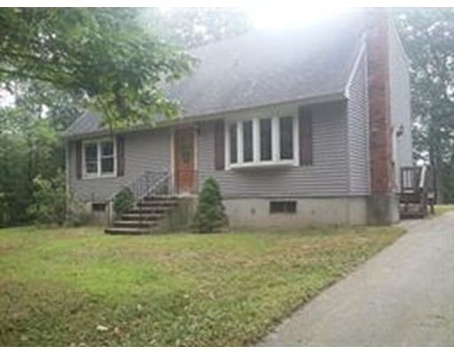 Maison unifamiliale pour l Vente à 121 Ramshorn Road 121 Ramshorn Road Charlton, Massachusetts 01507 États-Unis