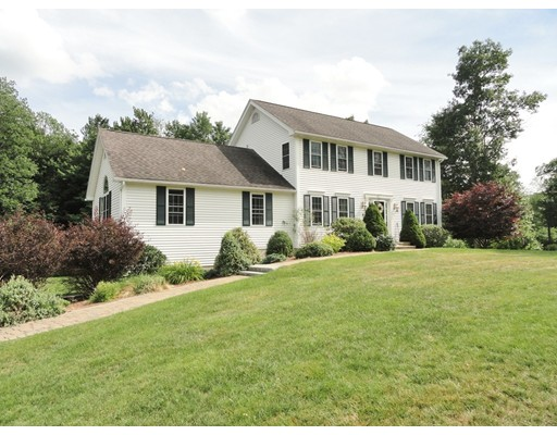 Single Family Home for Sale at 5 Cameron Drive 5 Cameron Drive Rutland, Massachusetts 01543 United States