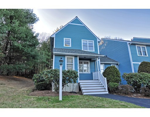 Condominio por un Venta en 115 Laurelwood Drive #115 115 Laurelwood Drive #115 Hopedale, Massachusetts 01747 Estados Unidos