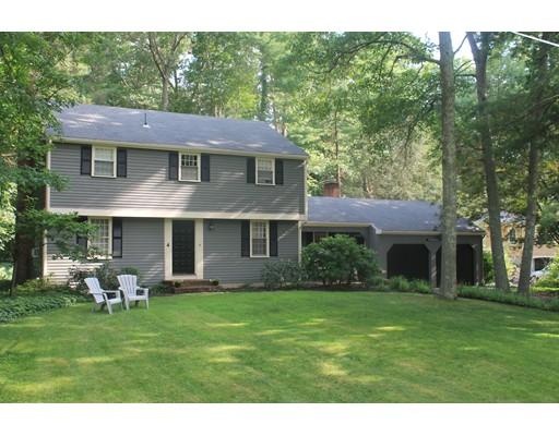 独户住宅 为 销售 在 4 Flintlock Circle 4 Flintlock Circle 欣厄姆, 马萨诸塞州 02043 美国