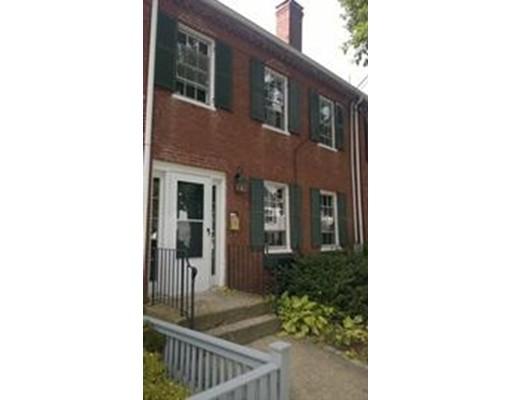 Casa Unifamiliar por un Alquiler en 17 Munroe Street 17 Munroe Street Newburyport, Massachusetts 01950 Estados Unidos
