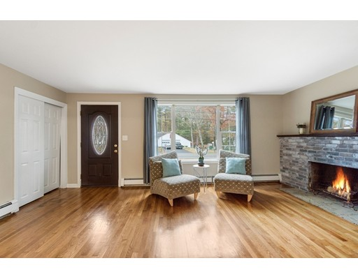 Single Family Home for Sale at 8 West Street Pembroke, 02359 United States