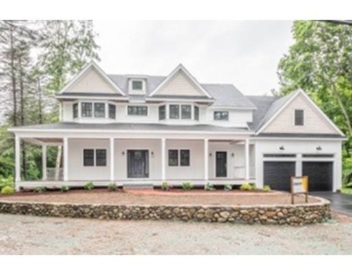 واحد منزل الأسرة للـ Sale في 602 PEARL STREET 602 PEARL STREET Reading, Massachusetts 01867 United States