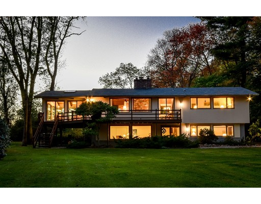 独户住宅 为 销售 在 30 Ash Lane 舍伯恩, 01770 美国