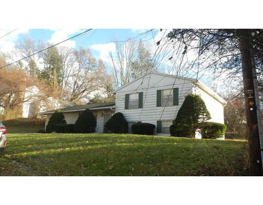 Single Family Home for Sale at 26 Valley Lane 26 Valley Lane Amherst, Massachusetts 01002 United States