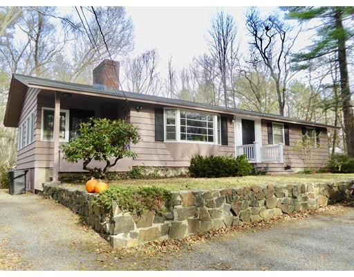 Частный односемейный дом для того Продажа на 407 Andover Street 407 Andover Street Georgetown, Массачусетс 01833 Соединенные Штаты