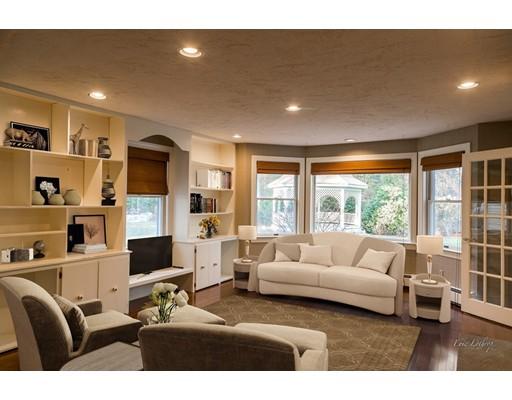 独户住宅 为 销售 在 50 Brentwood Drive 50 Brentwood Drive Easton, 马萨诸塞州 02356 美国
