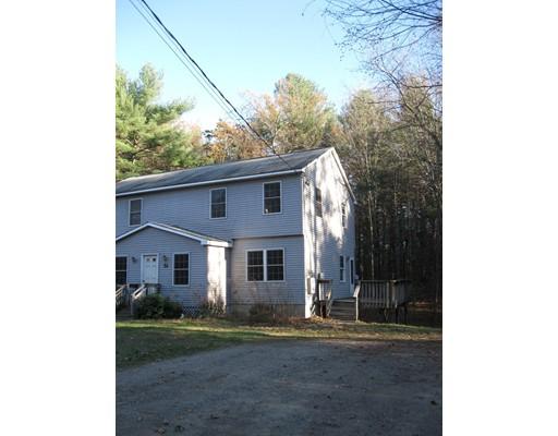 Casa unifamiliar adosada (Townhouse) por un Alquiler en 52 Prescott Street #B 52 Prescott Street #B Groton, Massachusetts 01450 Estados Unidos