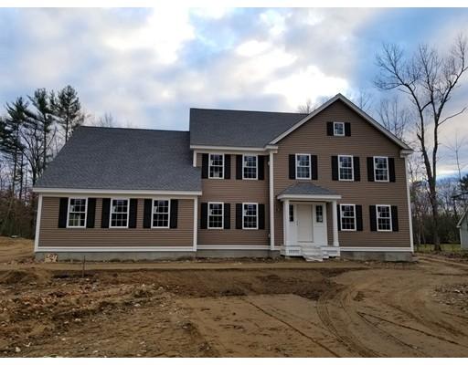 Maison unifamiliale pour l Vente à 46 Chapman Street 46 Chapman Street Dunstable, Massachusetts 01827 États-Unis