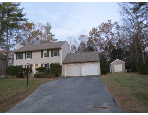 Single Family Home for Sale at 16 Anna Circle 16 Anna Circle Derry, New Hampshire 03038 United States