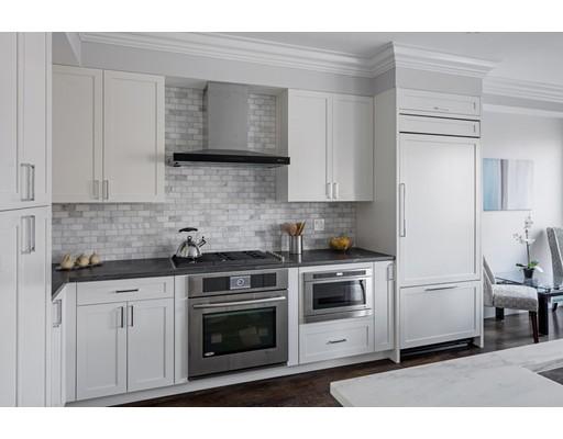 Condominium for Rent at 1755 Beacon St #2 1755 Beacon St #2 Brookline, Massachusetts 02445 United States