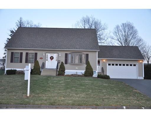 واحد منزل الأسرة للـ Sale في 86 Knollwood Circle 86 Knollwood Circle Holyoke, Massachusetts 01040 United States