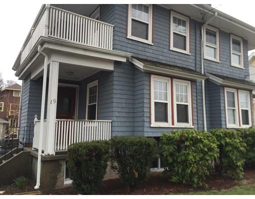 Casa unifamiliar adosada (Townhouse) por un Alquiler en 19 Vassal #1 19 Vassal #1 Quincy, Massachusetts 02170 Estados Unidos