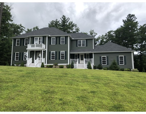 Single Family Home for Sale at 108 Robin Hill Road 108 Robin Hill Road Groton, Massachusetts 01450 United States