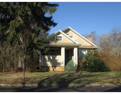 Maison unifamiliale pour l Vente à 16 Chalmers Road 16 Chalmers Road Worcester, Massachusetts 01602 États-Unis