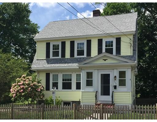 Maison unifamiliale pour l à louer à 153 Monroe Street 153 Monroe Street Dedham, Massachusetts 02026 États-Unis