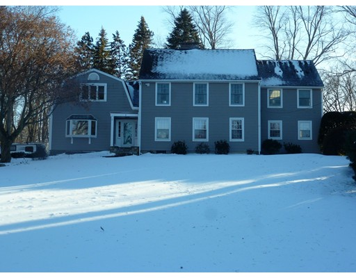 Single Family Home for Sale at 1 The Knolls 1 The Knolls South Hadley, Massachusetts 01075 United States