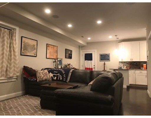 Additional photo for property listing at 108 Bennington Street  Boston, Massachusetts 02128 Estados Unidos