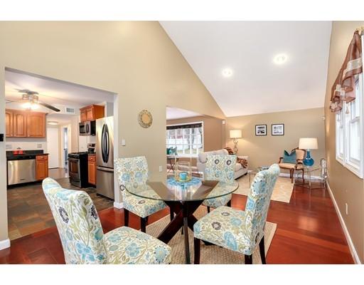 Maison unifamiliale pour l Vente à 75 Mill Street 75 Mill Street Natick, Massachusetts 01760 États-Unis