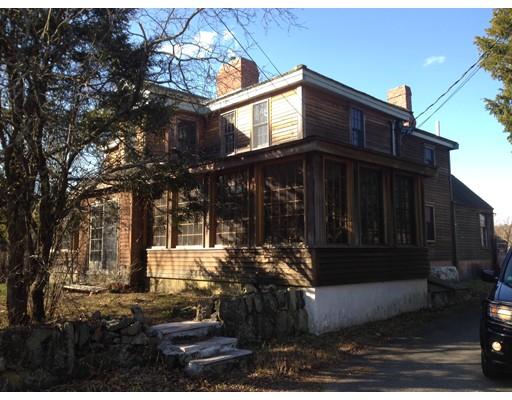 Частный односемейный дом для того Продажа на 236 Dedham Street 236 Dedham Street Dover, Массачусетс 02030 Соединенные Штаты