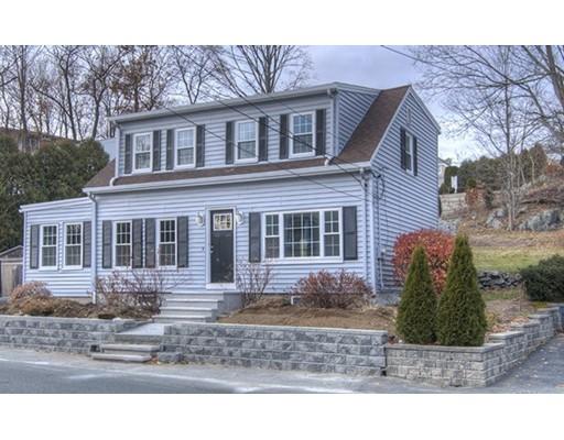 Maison unifamiliale pour l Vente à 66 Spring Street 66 Spring Street Stoneham, Massachusetts 02180 États-Unis