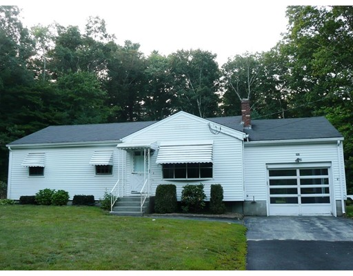 Single Family Home for Rent at 282 Pleasant Street 282 Pleasant Street Franklin, Massachusetts 02038 United States