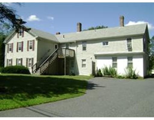 متعددة للعائلات الرئيسية للـ Sale في 25 S Main Street 25 S Main Street Millbury, Massachusetts 01527 United States