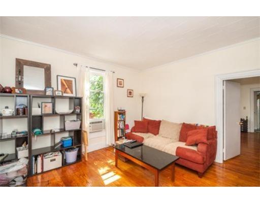 Casa Unifamiliar por un Alquiler en 24 Richardson Street 24 Richardson Street Wakefield, Massachusetts 01880 Estados Unidos