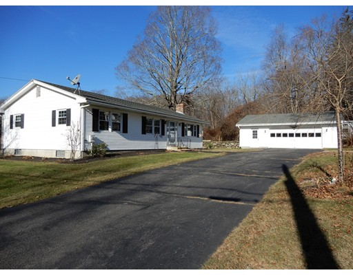 Single Family Home for Sale at 10 Evergreen Street 10 Evergreen Street North Brookfield, Massachusetts 01535 United States