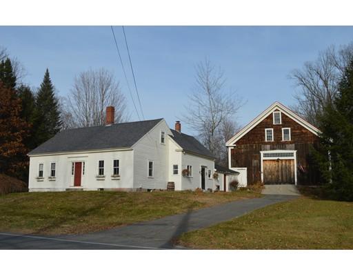واحد منزل الأسرة للـ Sale في 104 Central Street 104 Central Street Hampstead, New Hampshire 03826 United States