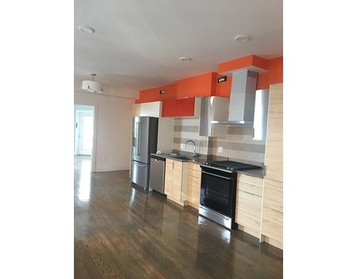独户住宅 为 出租 在 272 Beacon Street Somerville, 02143 美国