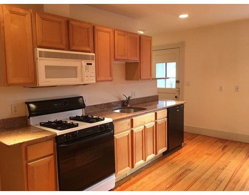Additional photo for property listing at 72 Dana Street  Cambridge, Massachusetts 02138 Estados Unidos