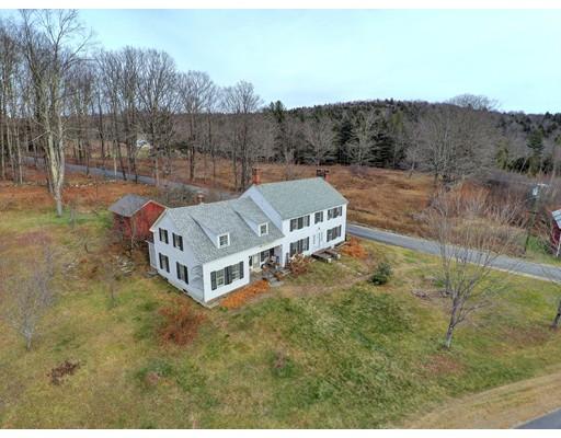 Частный односемейный дом для того Продажа на 11 Windigo Road 11 Windigo Road Windsor, Массачусетс 01270 Соединенные Штаты