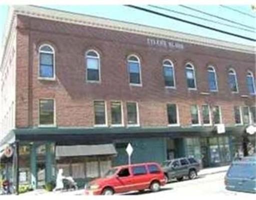 Кондоминиум для того Аренда на 2 Central St. #13 2 Central St. #13 Ipswich, Массачусетс 01938 Соединенные Штаты