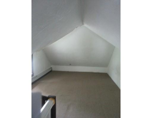 独户住宅 为 出租 在 150 Main Street Saugus, 马萨诸塞州 01906 美国