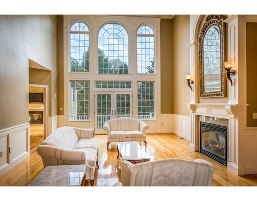 واحد منزل الأسرة للـ Rent في 1 Ashley Court 1 Ashley Court Lynnfield, Massachusetts 01940 United States
