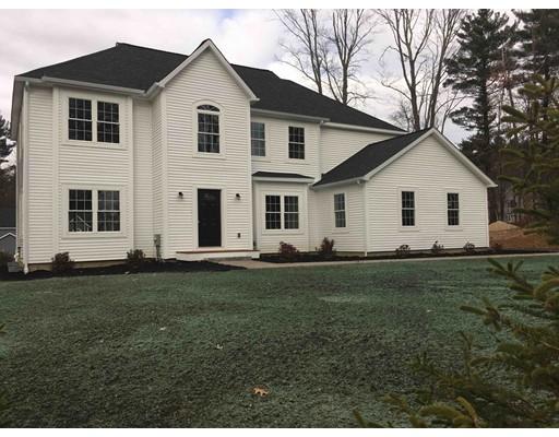 واحد منزل الأسرة للـ Sale في 135 Foster Street 135 Foster Street Littleton, Massachusetts 01460 United States
