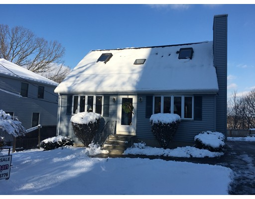 واحد منزل الأسرة للـ Sale في 20 Fairview Avenue 20 Fairview Avenue Waltham, Massachusetts 02453 United States