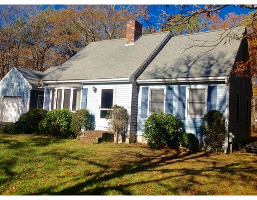 Casa Unifamiliar por un Venta en 15 Tara Terrace 15 Tara Terrace Bourne, Massachusetts 02553 Estados Unidos