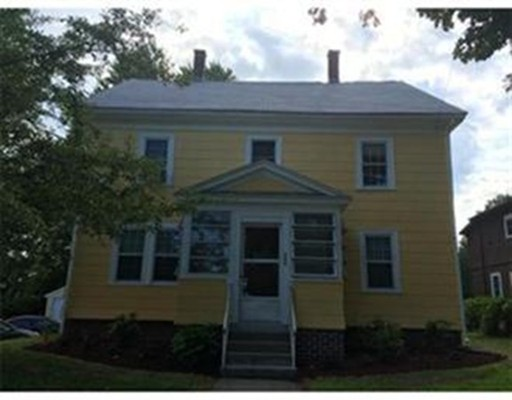 Casa Unifamiliar por un Alquiler en 264 Franklin Street 264 Franklin Street Framingham, Massachusetts 01702 Estados Unidos